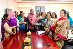 Dhaka Women Chamber of Commerce & Industry (DWCCI), newly elected members led by its  President Ms. Aneeka Agha along with Founder President Ms. Naaz Farhana and Former EC Members called on the Hon'ble Commerce Minister Mr. Tipu Munshi M.P at the Commerce Ministry, Bangladesh Secretariat recently. Focus on Women's participation in national economy and facilitate trade ties between Women in Business. The Trade volume between Bangladesh and the other countries will continue to boost within 2020.