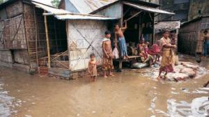 Country's overall flood situation improves