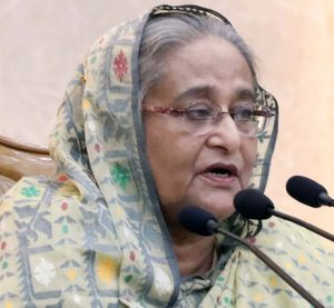 PM asks DCs to work sincerely for accelerated development