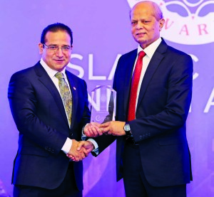 Md. Abdul Hamid Miah, Managing Director of Islami Bank Bangladesh Limited, receiving the 'Islamic Retail Banking Awards (IRBA) 2017′ from Professor Humayon Dar, Chairman and Founder of IRBA on Tuesday at JW Marriott Marquis Hotel in Dubai. The bank achieved the award for strongest Islamic retail bank in South Asian Region conferred by UK-based financial intelligence house Cambridge IF Analytica.