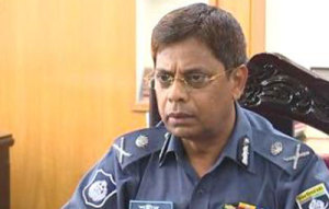 Be aware of internet posts favoring militants: IGP