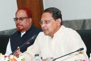 Govt trying to improve working conditions in factories: Inu