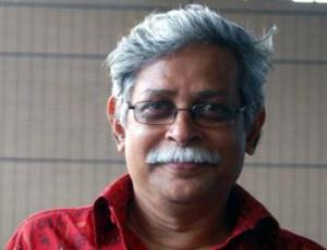 Prof Zafar Iqbal comes under knife attack in SUST