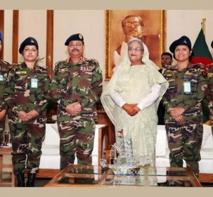 PM greets 4 promoted female lieutenant colonels