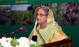 PM asks students to pursue practical education on agriculture