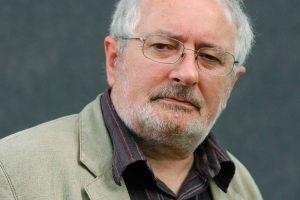 The rise of English by Terry Eagleton brings us in the back