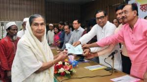 Widow allowance to be introduced in Dhaka soon: Menon